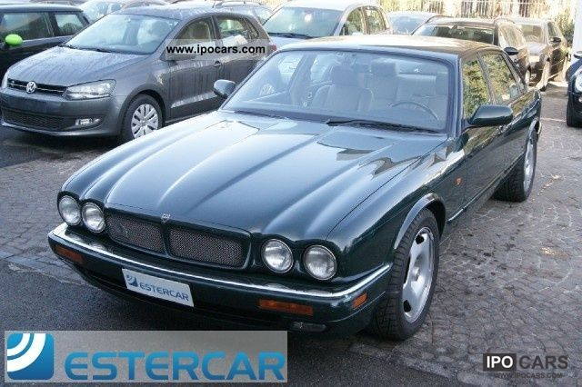 1995 Jaguar  JAGUAR XJR 4.0 AUTOMATICO PELLE usata Brescia BS Limousine Used vehicle photo