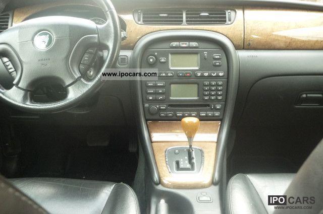2003 Jaguar X-Type 2.0 V6 Leather Limousine Used vehicle photo 6