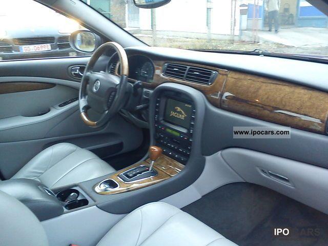 2002 Jaguar S-Type 4.0 V8 Limousine Used vehicle photo 4