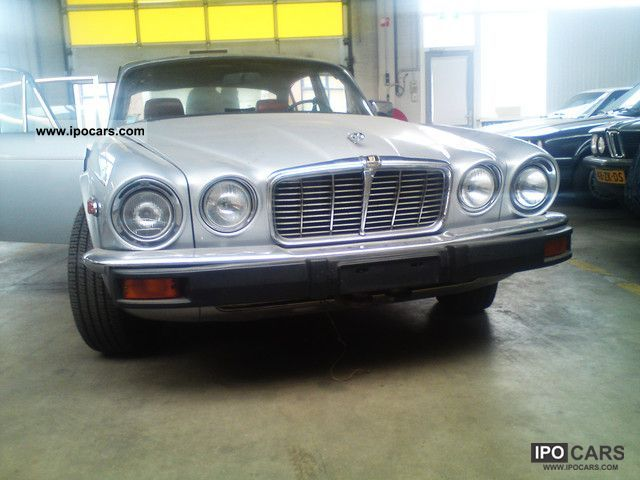 Jaguar  XJ6L 1977 Vintage, Classic and Old Cars photo