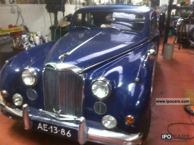 Jaguar  mark 8 1957 Vintage, Classic and Old Cars photo