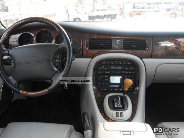 2002 Jaguar XJR Limousine Used vehicle photo 7
