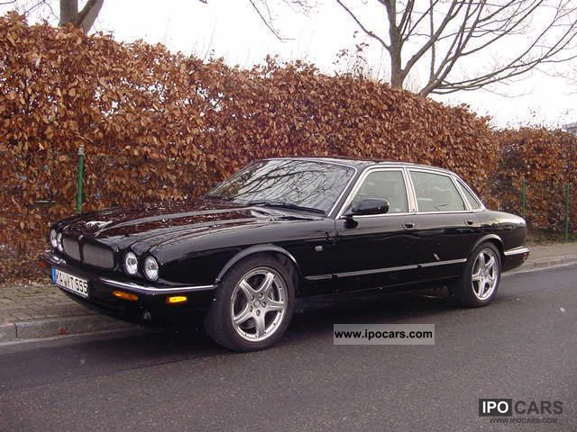 2004 jaguar xjr car photo and specs. Black Bedroom Furniture Sets. Home Design Ideas