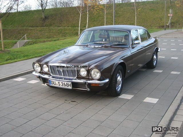 Jaguar  XJ12 1977 Vintage, Classic and Old Cars photo