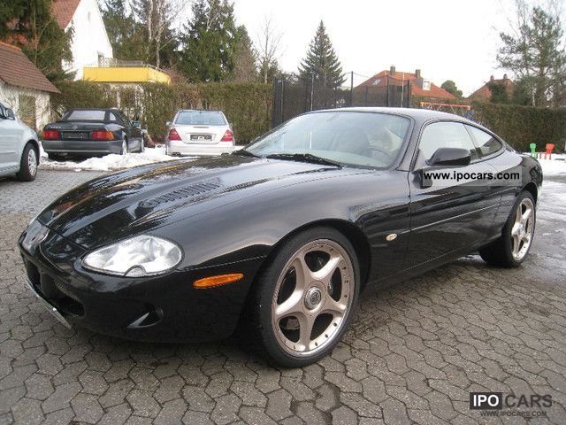 2000 jaguar xkr coupe 4 0 supercharged electric seats car photo and specs. Black Bedroom Furniture Sets. Home Design Ideas