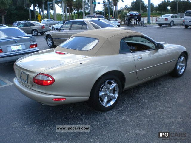 ... 1999 Jaguar XK8 Convertible Cabrio / Roadster Used Vehicle Photo 7