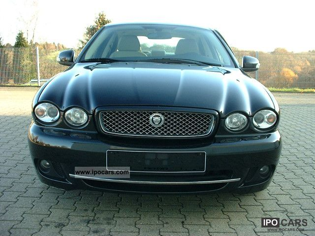 2010 jaguar x type 2 2 d dpf leather gps navigation 17 car photo and specs. Black Bedroom Furniture Sets. Home Design Ideas