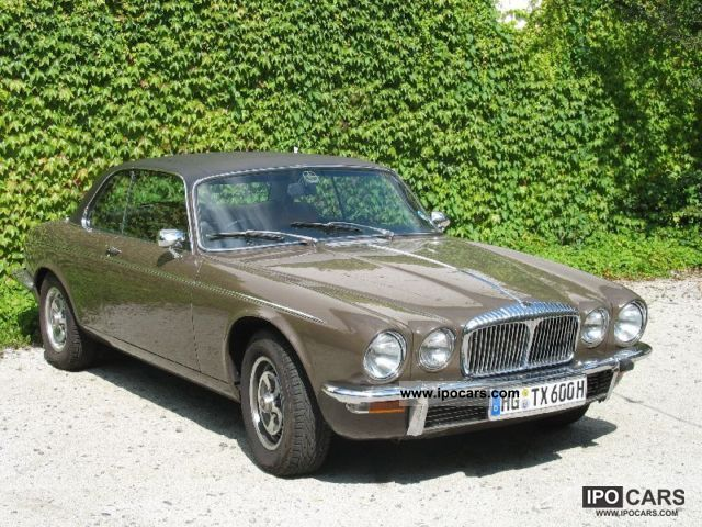 Jaguar  Daimler 1976 Vintage, Classic and Old Cars photo