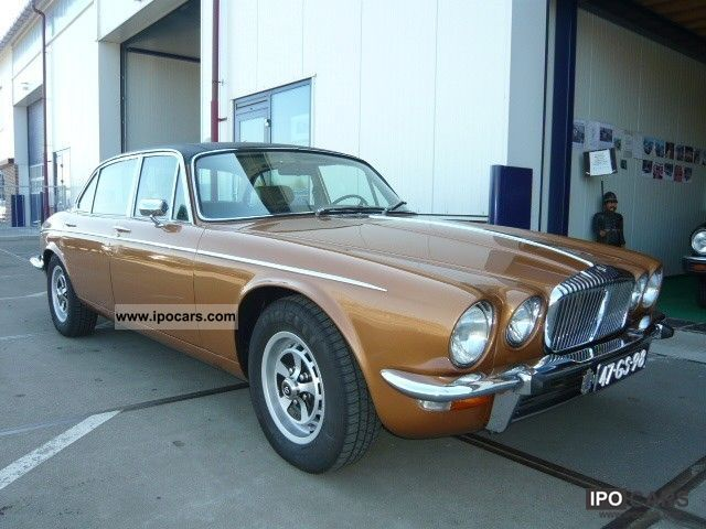Jaguar  Daimler JAGUAR / DAIMLER VAN DEN PLAS 1975 Vintage, Classic and Old Cars photo