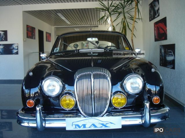 Jaguar  Daimler 2.5LV8 Automatic / steering link / top condition! 1965 Vintage, Classic and Old Cars photo
