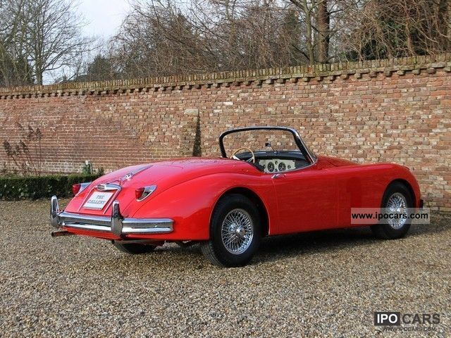 1958 jaguar xk 150 roadster car photo and specs. Black Bedroom Furniture Sets. Home Design Ideas