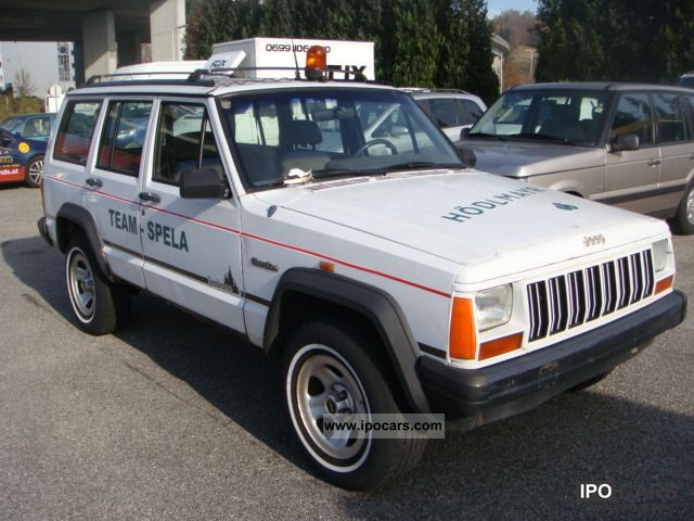 1994 Jeep  Cherokee (€) TD 2.5 electric windows Off-road Vehicle/Pickup Truck Used vehicle photo