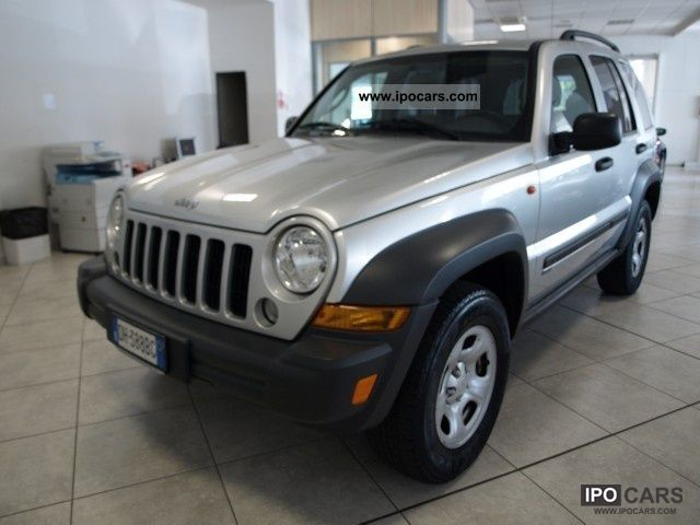 2008 jeep cherokee 2 8 crd sport car photo and specs. Black Bedroom Furniture Sets. Home Design Ideas