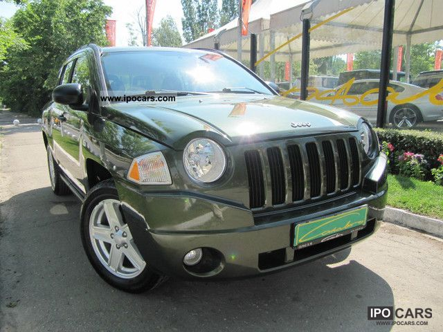 2009 jeep compass 2 4 car photo and specs. Black Bedroom Furniture Sets. Home Design Ideas
