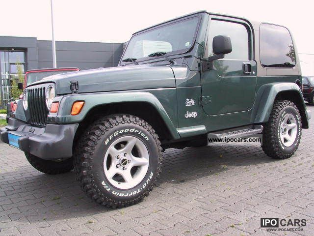 2004 Jeep  TJ Wrangler 4.0 Sahara, auto, air, cat-Euro3 Off-road Vehicle/Pickup Truck Used vehicle photo