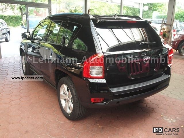 2011 jeep compass sport 4x4 2 4i car photo and specs. Black Bedroom Furniture Sets. Home Design Ideas