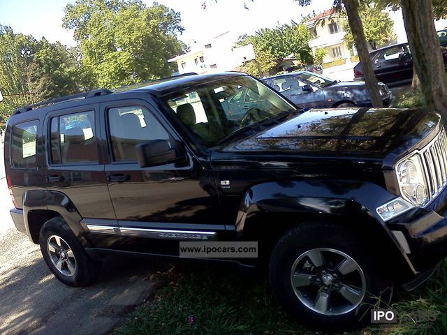 2009 jeep cherokee 2 8 crd exequtive car photo and specs. Black Bedroom Furniture Sets. Home Design Ideas
