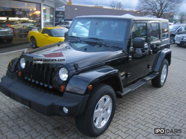 2011 jeep wrangler unlimited hard top 2 8crd dpf automatic car photo and specs. Black Bedroom Furniture Sets. Home Design Ideas