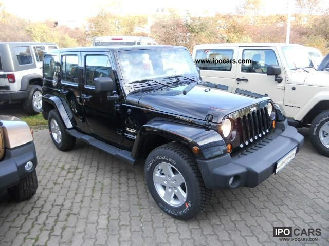 2011 jeep wrangler unlimited sahara with 3 8 h top leather. Black Bedroom Furniture Sets. Home Design Ideas