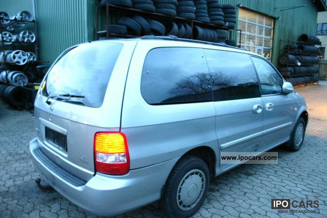 2004 kia carnival crdi ex trucks hand good condition 1 car photo and specs. Black Bedroom Furniture Sets. Home Design Ideas