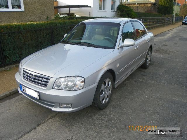 2001 Kia  Magentis 2.5 V6 SE Limousine Used vehicle photo