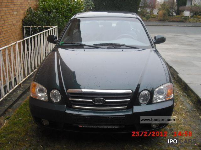 2004 Kia  Magentis 2.5 V6 EX Limousine Used vehicle photo