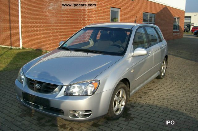 2006 Kia  Cerato 1.5 CRDi DPF EX Limousine Used vehicle photo