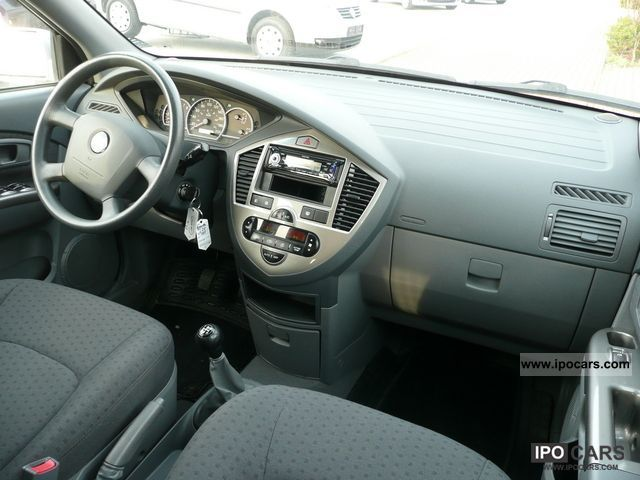 2005 Kia Carens 2 0 16v Automatic Air Conditioning Car