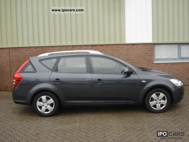 2008 kia cee 39 d sporty wagon 1 6 crdi x tra car photo and specs. Black Bedroom Furniture Sets. Home Design Ideas