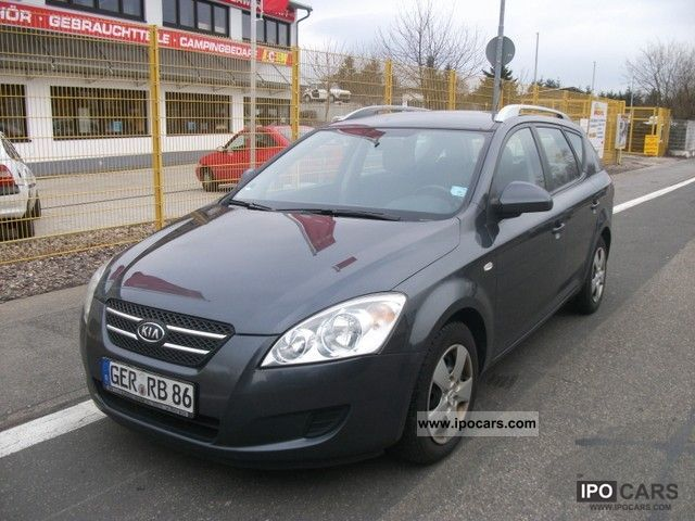2009 Kia  Ceed SW 1.6 CRDi EX Estate Car Used vehicle photo