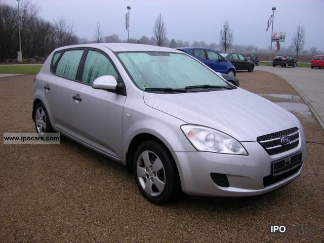 2009 Kia  cee'd 1.4 LX LPG Autogas 80 kW (109 hp), ... Estate Car Used vehicle photo