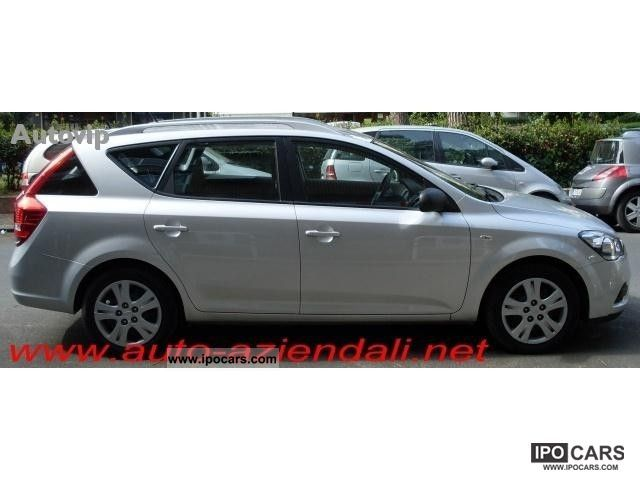 2010 kia cee d 1 6 crdi lx sw 90cv car photo and specs Kia Ceed Review Kia Ceed 2013 Review