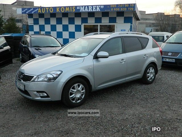 2010 Kia  Cee'd salon Polska Estate Car Used vehicle photo