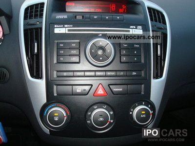 2010 Kia cee'd SW vision, AIR, ESP, HANDSFREE - Car Photo and Specs