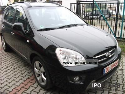 Kia  Carens 2.0 CRDi LX 2010 Liquefied Petroleum Gas Cars (LPG, GPL, propane) photo