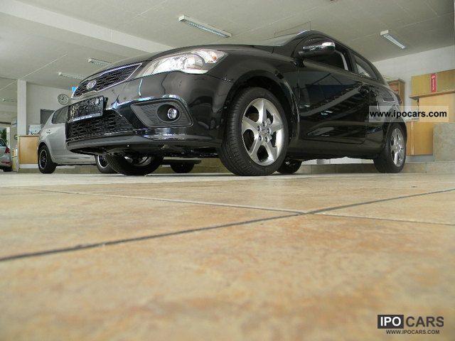 2012 Kia  per Ceed 1.6 CVVT Spirit * Available Immediately * Limousine Used vehicle photo