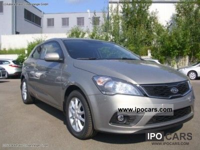 2012 Kia  per Ceed 1.6 CVVT dynamic 7-year warranty Limousine Used vehicle photo