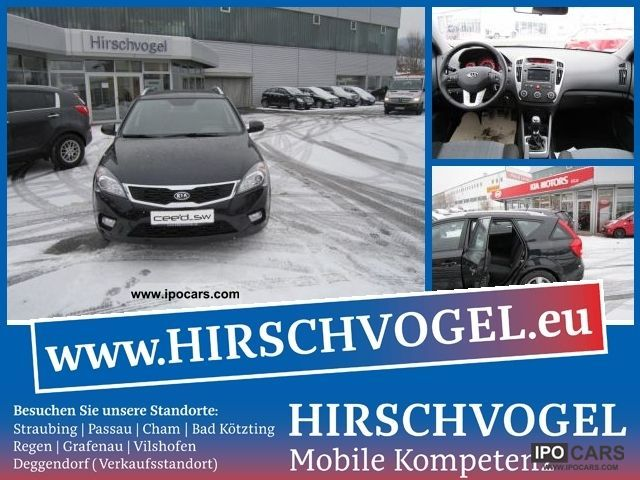 2012 Kia  cee'd SW 1.6 Edition 7 cards navigation, rear view Estate Car Demonstration Vehicle photo