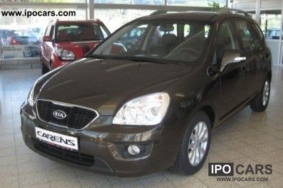 2010 Kia  Carens 1.6 CRDi Spirit Air PDC MP3 CD Van / Minibus Demonstration Vehicle photo