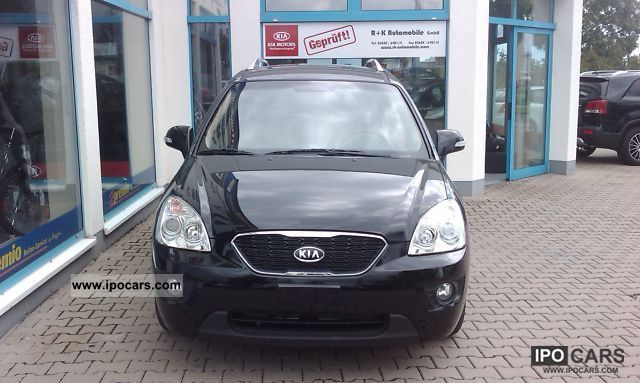 2012 Kia  Carens 1.6 CRDi special model, air, cruise control Van / Minibus Pre-Registration photo