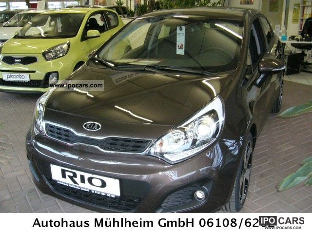 2012 Kia  Rio 1.4 Automatic Spirit technology package immediately Small Car Used vehicle photo
