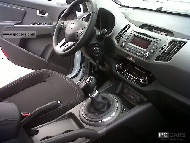2012 kia sportage 1.7 crdi ex 115 cv - car photo and specs