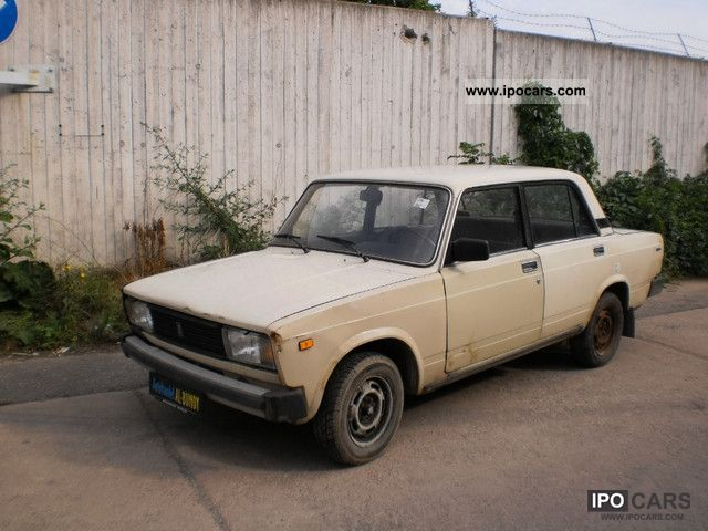 1986 Lada  2105 Just sit down and go! Limousine Used vehicle photo