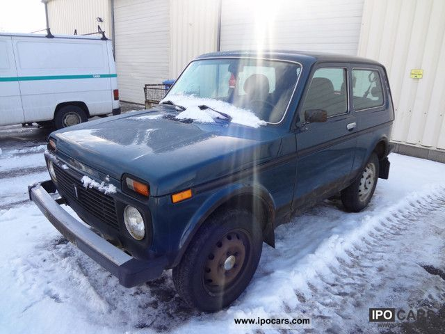 2003 Lada  Niva 1.7i Off-road Vehicle/Pickup Truck Used vehicle photo
