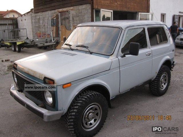 2006 Lada  Niva 1.7i Off-road Vehicle/Pickup Truck Used vehicle photo