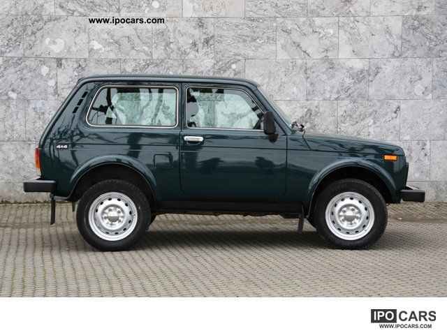 2010 Lada  Niva * Only special 4x4Farm.de Off-road Vehicle/Pickup Truck Used vehicle photo