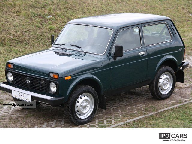 Lada  Niva 1.7 Only only 14 500 KM * LPG * 4x4Farm.de 2009 Liquefied Petroleum Gas Cars (LPG, GPL, propane) photo