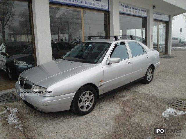 2001 Lancia  Kappa 2.4 JTD Limousine Used vehicle photo