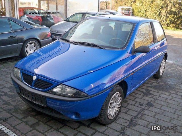 1999 lancia y elefantino blu car photo and specs. Black Bedroom Furniture Sets. Home Design Ideas