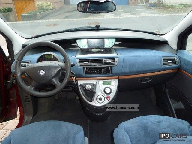 http://ipocars.com/imgs/a/c/q/k/z/lancia__phedra_2_0_16v_jtd_maintained_with_great_navigation_system_etc_2002_3_lgw.jpg